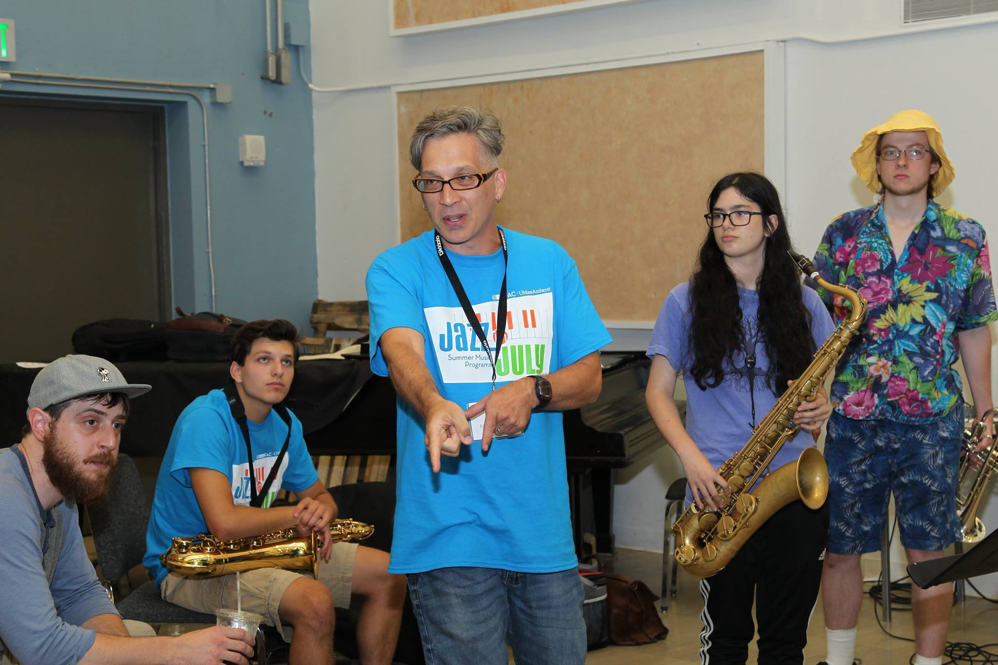 Earl MacDonald presents a jazz workshop.